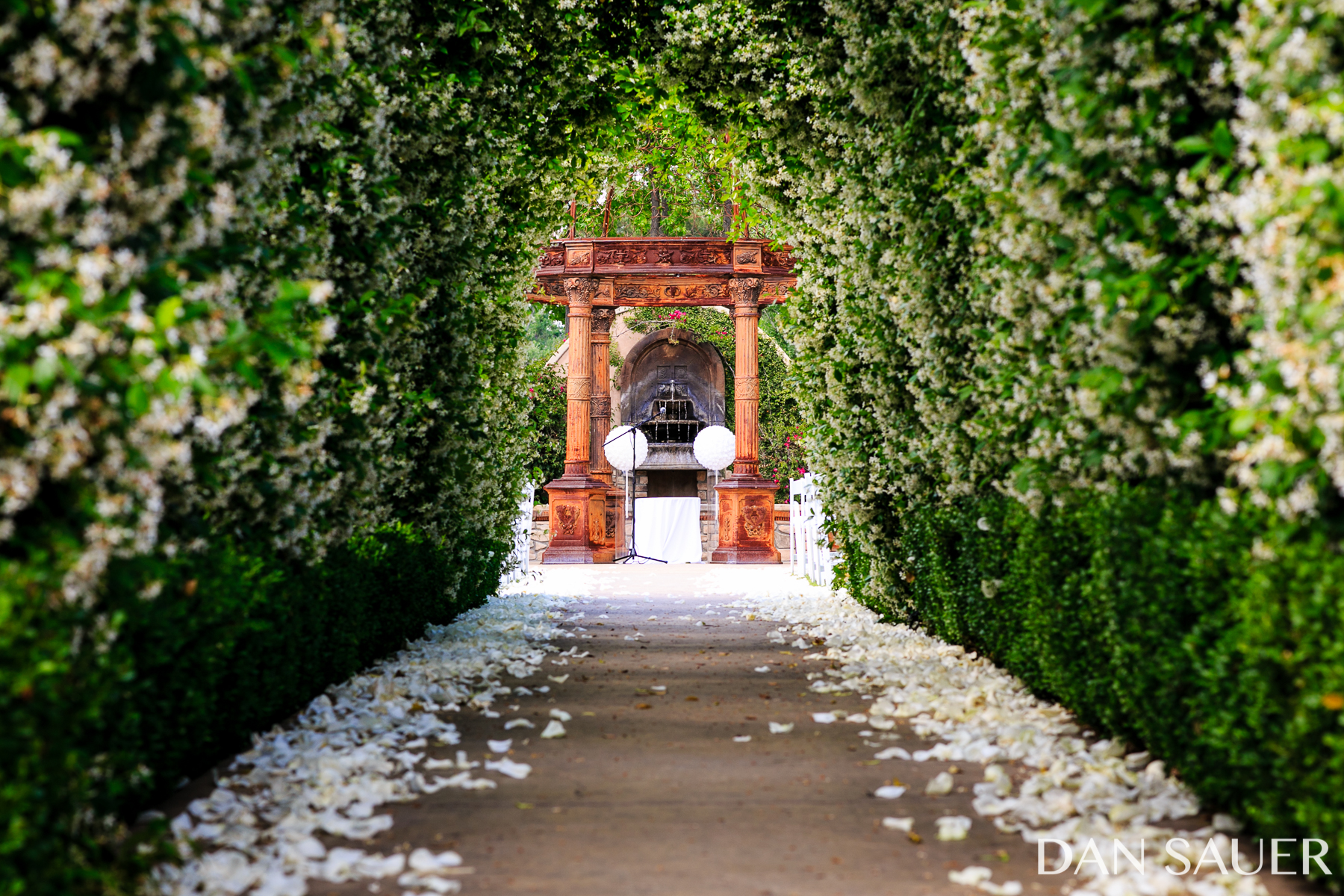 Jennifer And Delten Got Married At The Lavish Westlake Village Inn. Jasmine  Flowers Were In Full Bloom All Around The Tuscan Gardens.